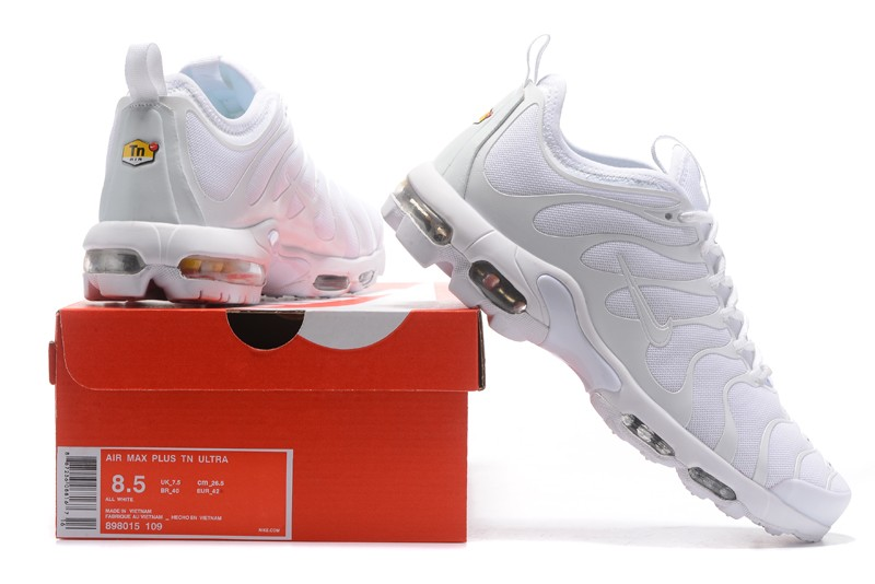 Classic Nike Air Max Plus TN Ultra Triple White 898015 109