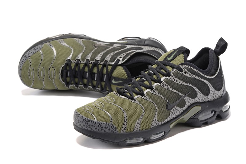 watch 38683 1f30a Nike Air Max Plus TN Ultra Olive Green/Black 881560-434 Men's Running Shoes