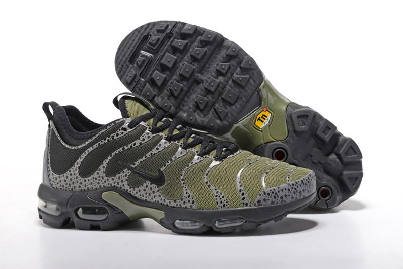 60c7cbdfac7 Nike Air Max Plus TN Ultra Olive Green Black 881560-434 Men s Running Shoes