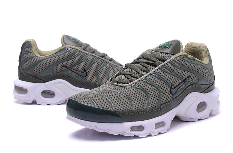Nike Air Max Plus Tn Ultra Wolf Grey White Men S Lifestyle Sneakers In Stock Sneakers Big Sale