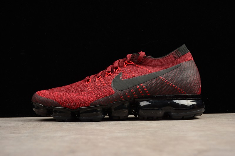 nike vapormax dark red
