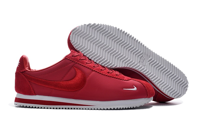 Nike Classic Cortez Nylon Shoes Nike Classic Cortez Nylon Embroidery Leisure Shoes Sneakers Red ...