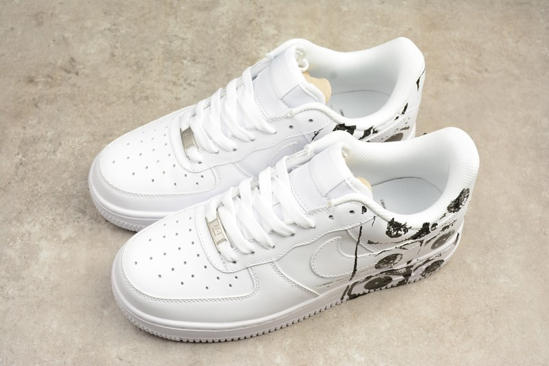 newest 86ac8 dd413 Supreme x CDG x Nike Air Force 1 White Mens Womens Sneakers 923044-100