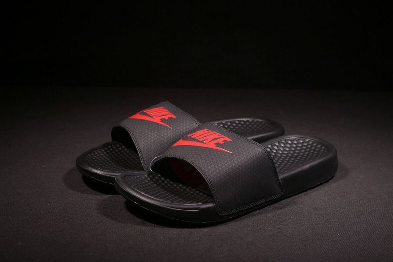 Cheap Price Nike Benassi Swoosh 343880-060 Black/Red Summer Slipper