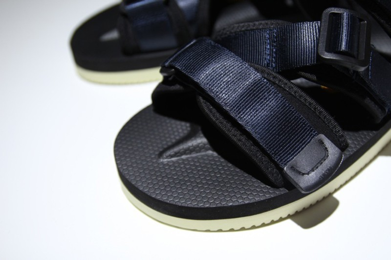 "SUICOKE Vibram Men s-Women s ""Dark Blue-Black"" Function Nylon Creativity  Sandal 9091c8ed0"