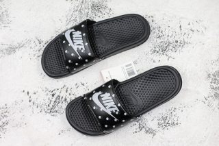 "707585b62 Hot Selling Nike Benassi Swoosh ""Black-White-Camo"" Women s Summer Beach  Slippers"