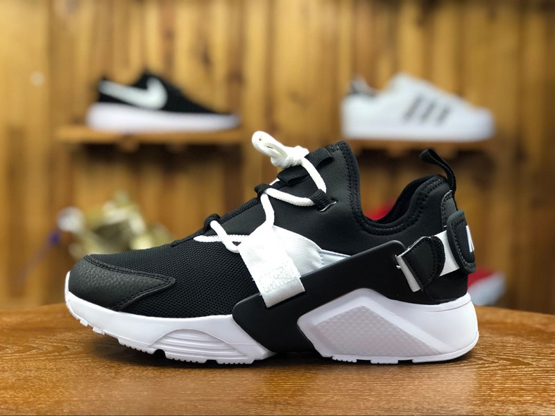 Nike Air Huarache City Low AH6804-002 Black White Running Shoes For ... d19d501ea