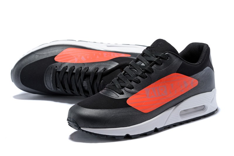 nike air max size 4 black