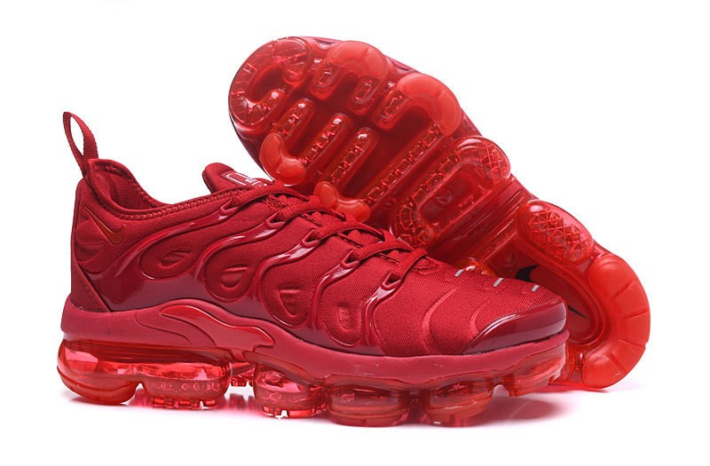 ac5e6524e12e77 Best Sell Nike Air Vapormax Plus Tn Triple Varsity Red Men s Newest Running  Shoes