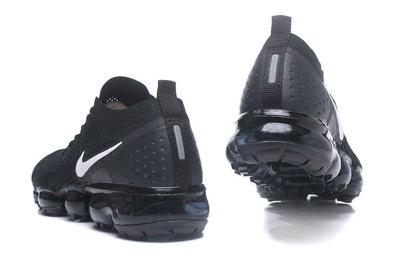 Brand New Nike Air VaporMax Flyknit 2.0 Unisex Trainers Black Dark ... ad8b195e6