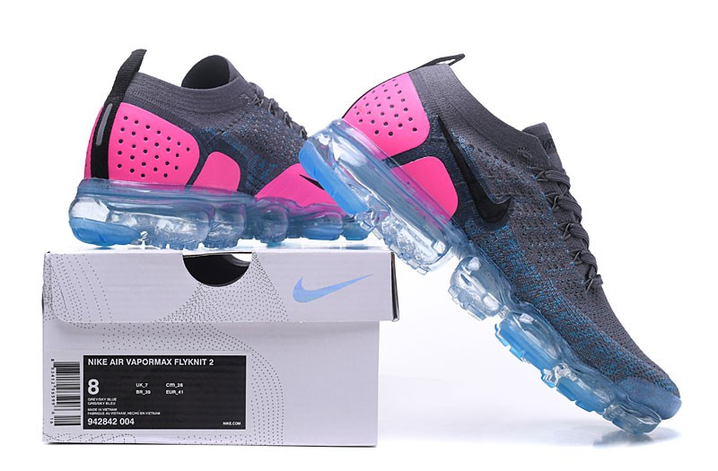 nike running vapormax flyknit trainers in pink and blue