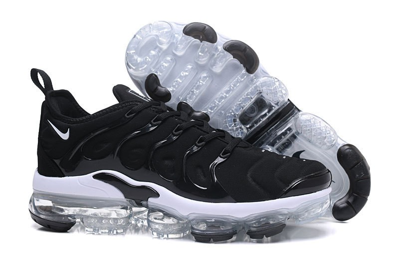 promo code d740e 4a918 Nike Air Vapormax Plus Tn Men s Black White Casual Trainers ...