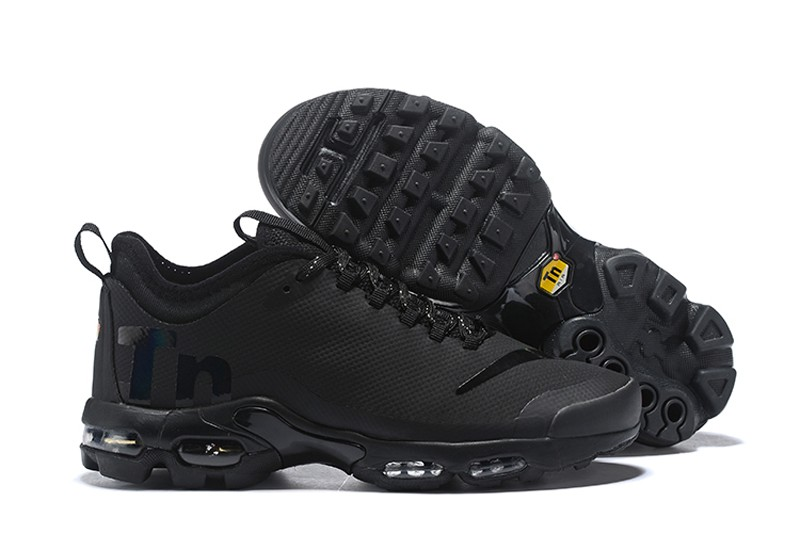 Nike Air Max Plus TN Ultra SE Black Black-Black Men s-Women s ... aa8dab78f