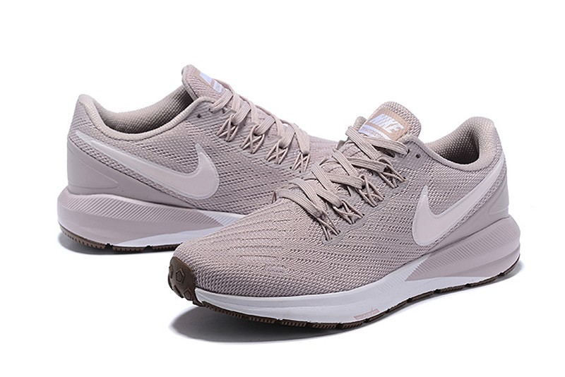 Nike Wmns Air Zoom Structure 22 AA1640