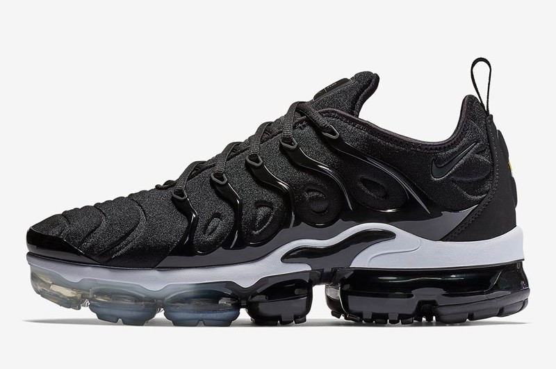 ed89666a83 Nike Air VaporMax Plus Black 924453-010 Men's New Style Resistant ...