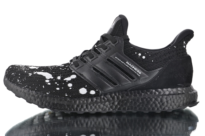 detailed pictures 29a3c 67768 2019 New Arrival Madness x Adidas Ultra Boost 4.0 Black/White Retro  All-Match Jogging Shoes