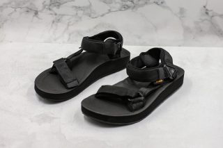 0ff25e90db67 New Release Madness x TEVA Universal Men s Black Summer Outdoor Beach  Sandals
