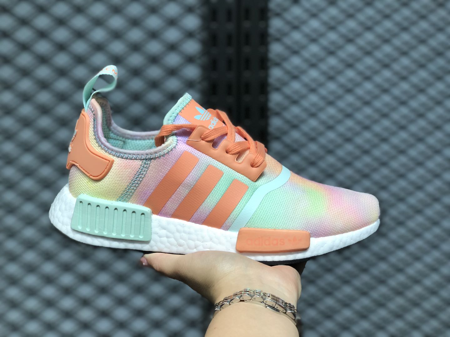 Adidas NMD R1 Easter FY1271 White/Chalk