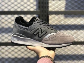"New Balance ""Winter Peaks"" Dark Grey Training Shoes M997BRK"