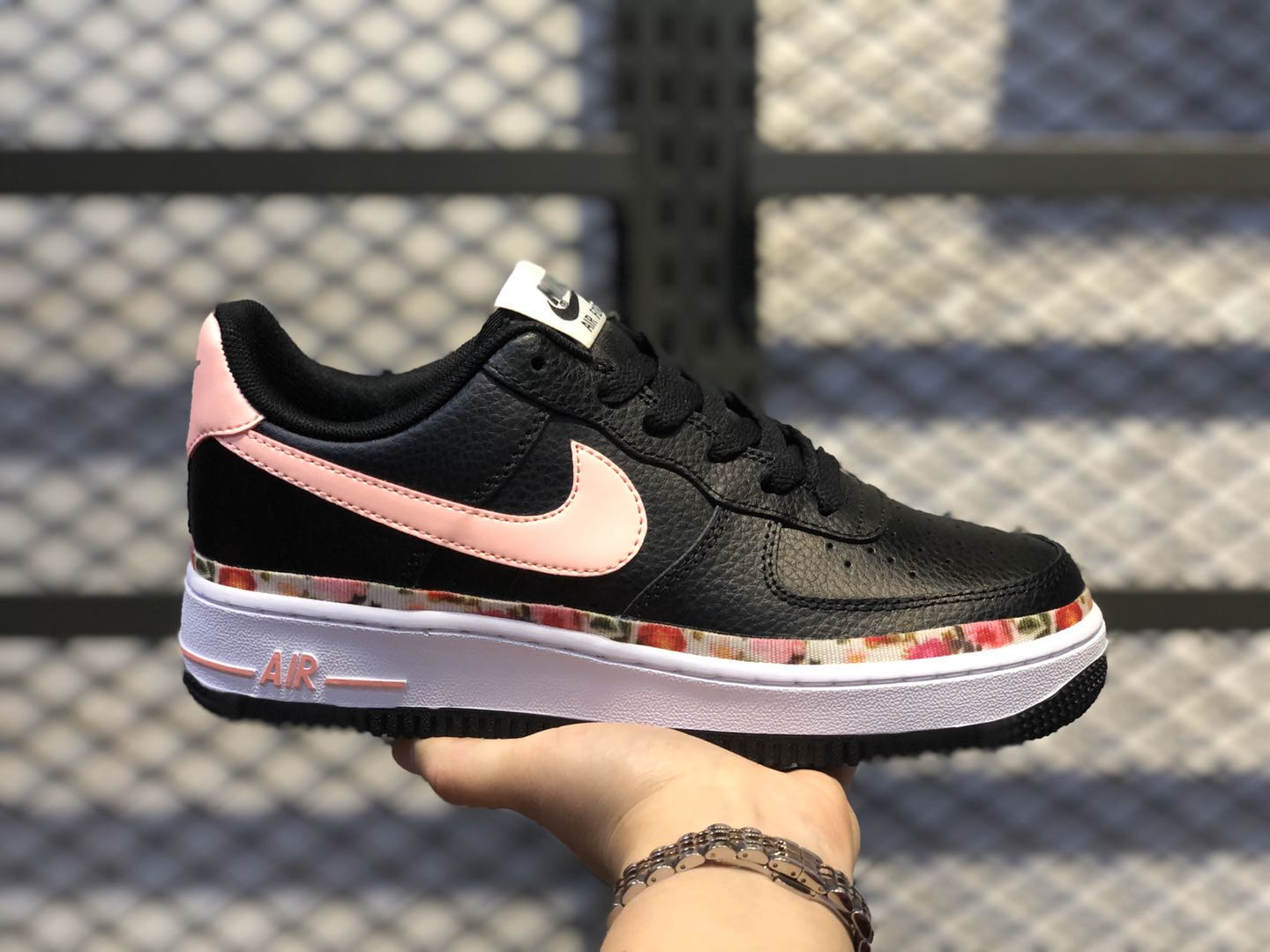 Nike Wmns Air Force 1 \