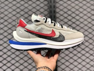 Sacai x Nike VaporWaffle Sail/Light Bone-Game Royal-Sport Fuchsia CV1363-100