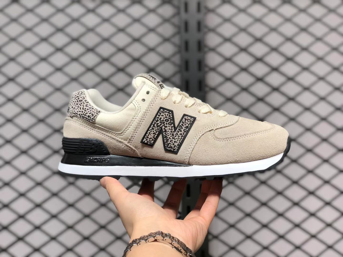 Women's Shoes New Balance 574 Off White For Sale WL574AND | Essensium