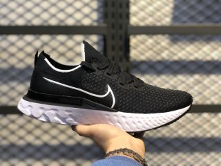 Nike React Infinity Run Black/White Running Shoes CD4371-002