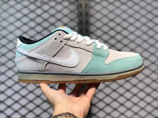 "Nike SB Dunk Low ""Gulf Of Mexico"" Glacier Ice/White-Light Ash Grey 304292-410"